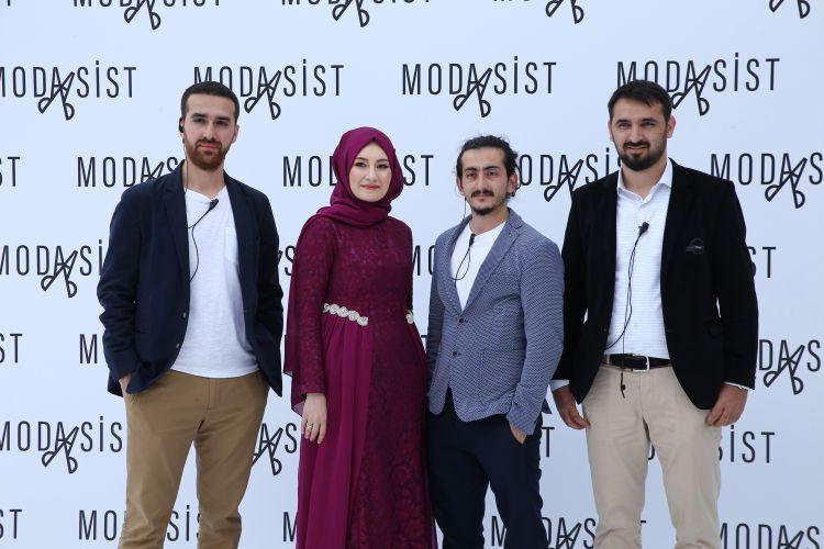 Safiye Nur Şimşek ve mühendis ekip arkadaşları Fatih Demirez, Orhan Dal, Ali Demirsoy